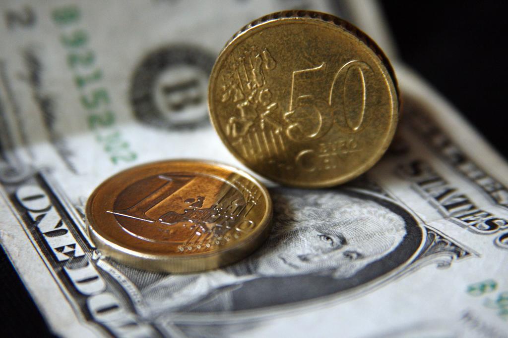 Прогнозы курса доллара на осень 2015 года