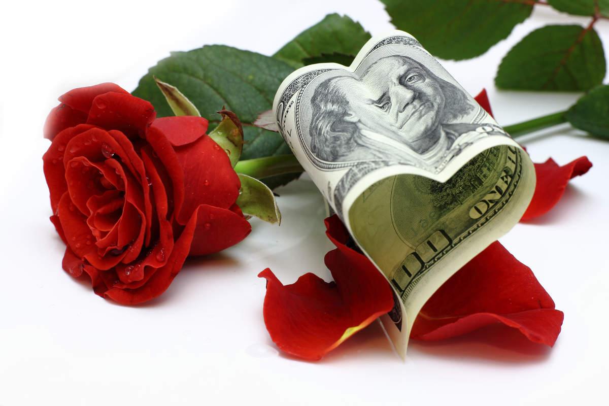 Утешительный прогноз курса доллара на Новый год 2016