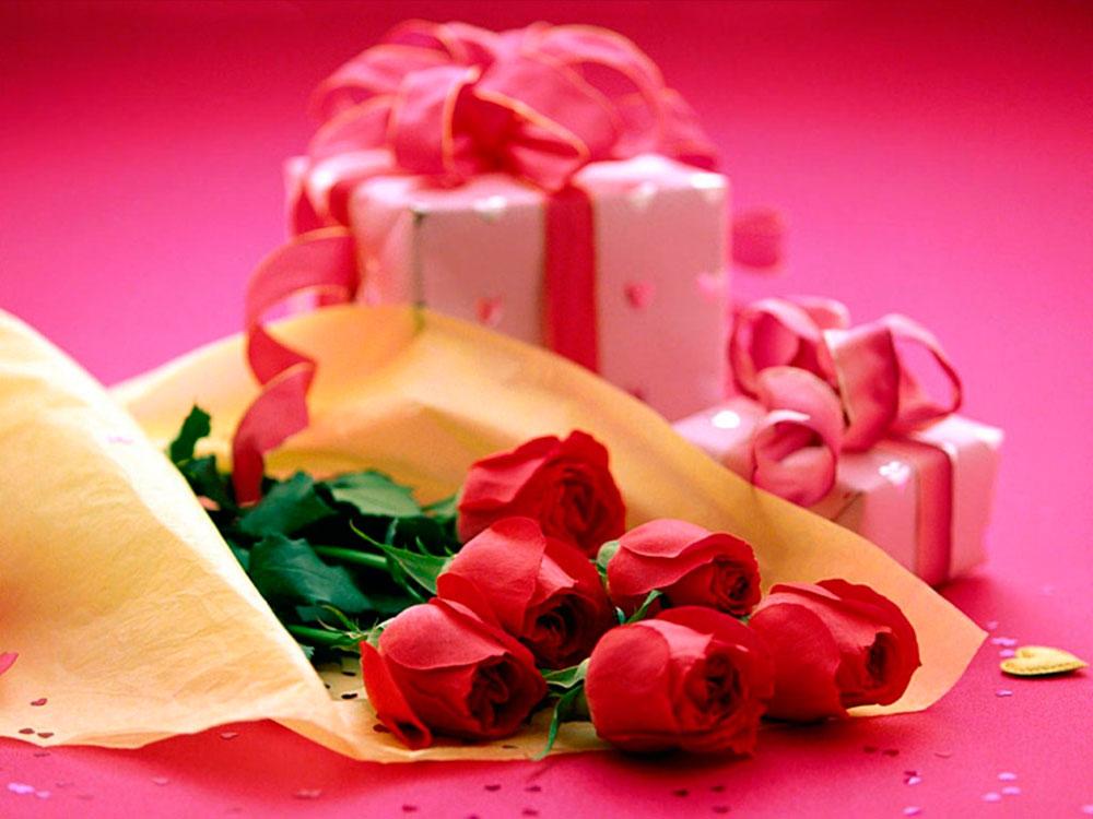 Что подарить девушке на день рождения 18 лет