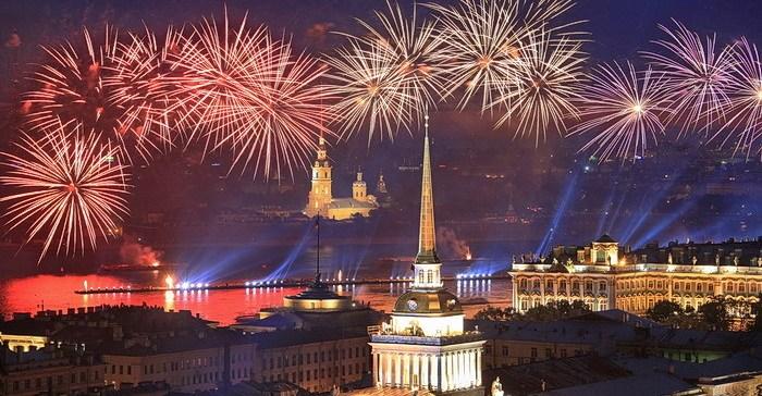 День победы 9 мая в Санк-Петербурге