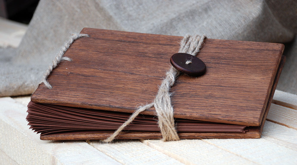 Что подарить на деревянную свадьбу