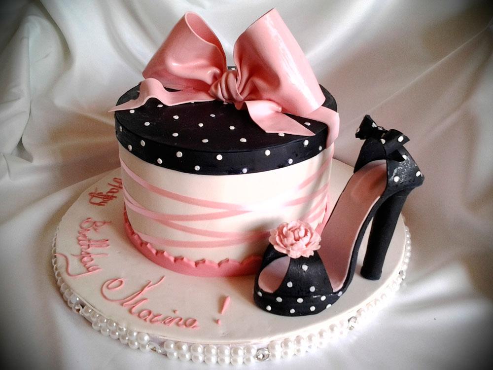 Что подарить девушке на день рождения 20 лет