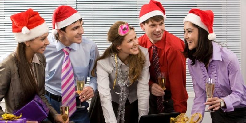 Что подарить коллегам на Новый год 2015